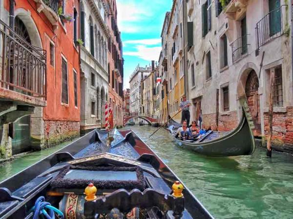 viagem veneza passeio gondola