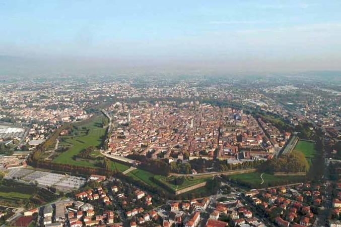 visitar Lucca mura