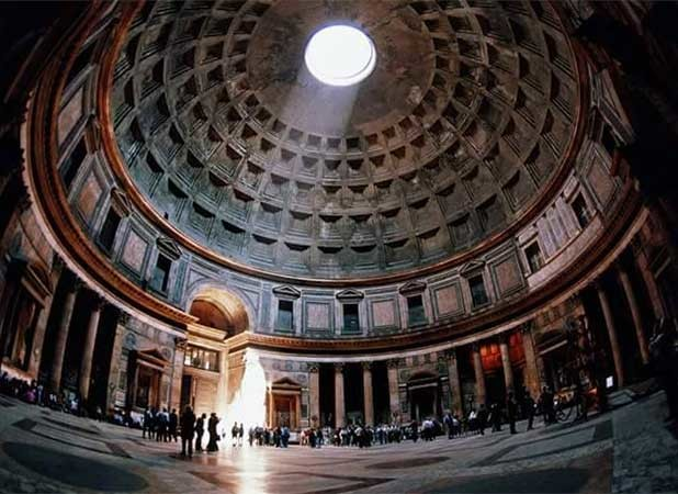 Visitar o interior do Pantheon